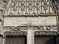 Houdan Église Fronton.jpg