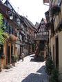 Rue d'Eguisheim et auberge 421.jpg