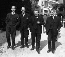Leger, locarno 25 Henri Fromageot, Aristide Briand, Philippe Berthelot.jpg