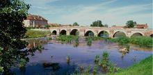 Pont sur l'Yonne.jpg