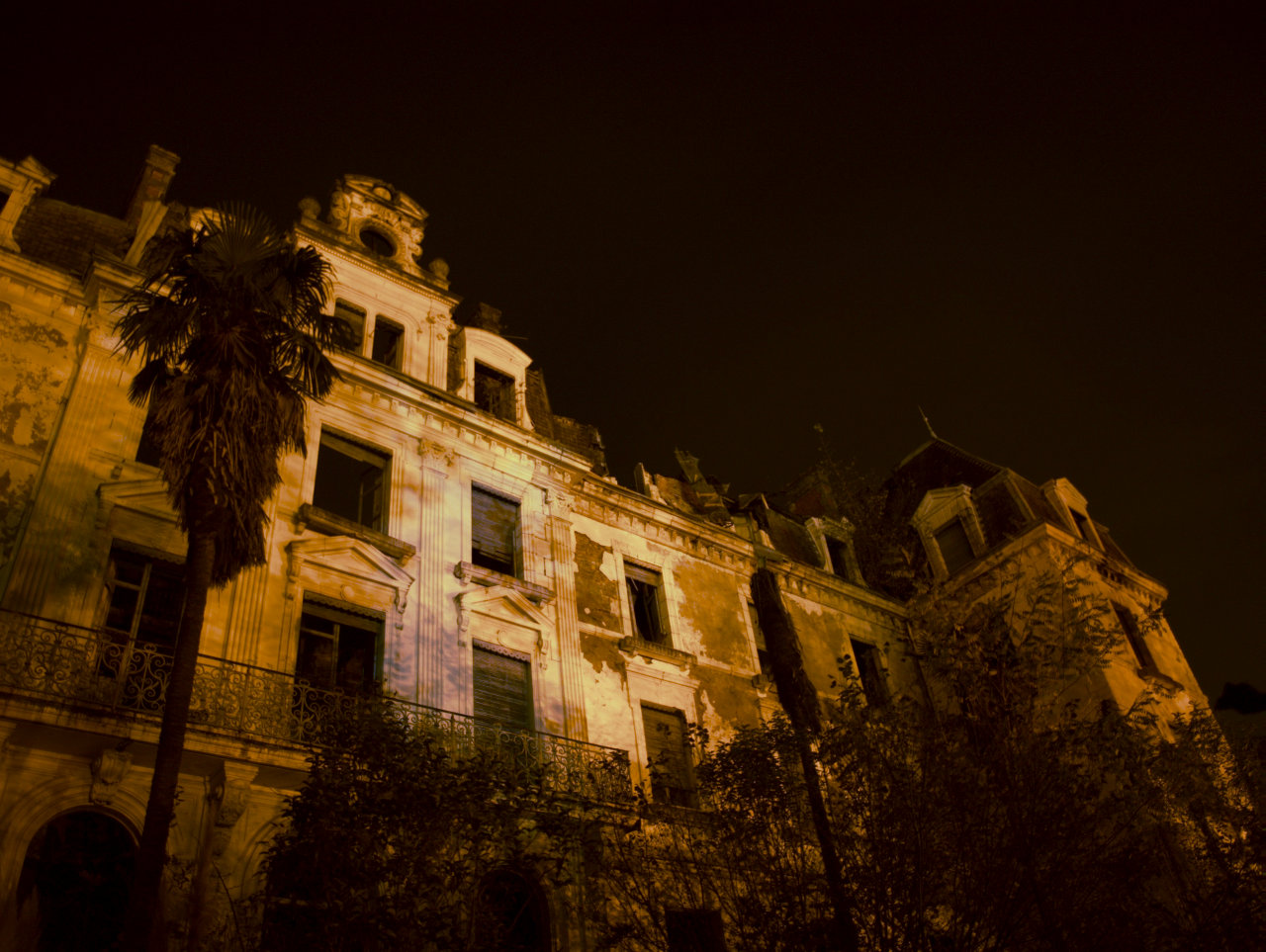 Burned Hotel 0x04