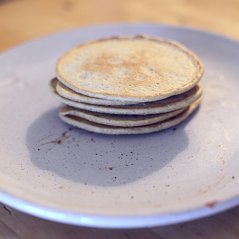 Big focus just on five stacked pancakes