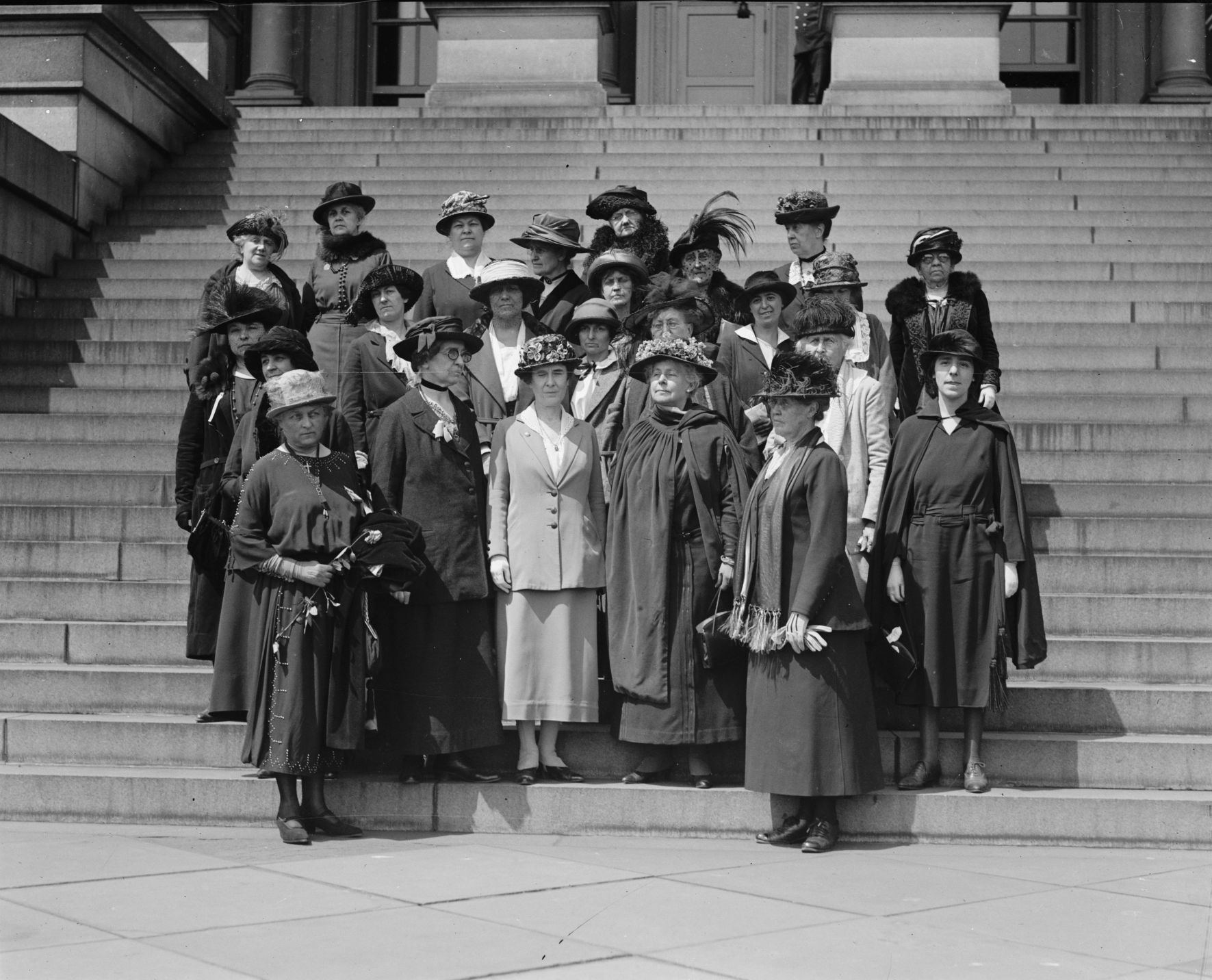Photo, Women's International League, 1922